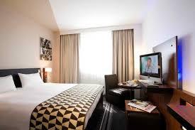 xx Mercure Hotel - Lyon Bedroom